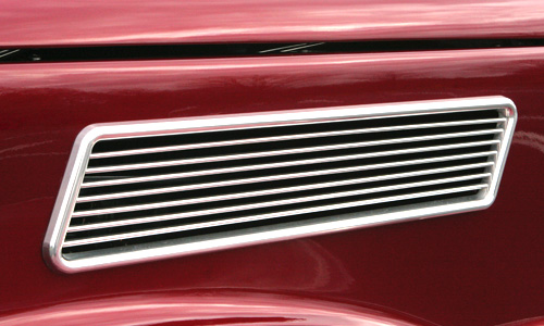 1937 Ford Coupe - side grill